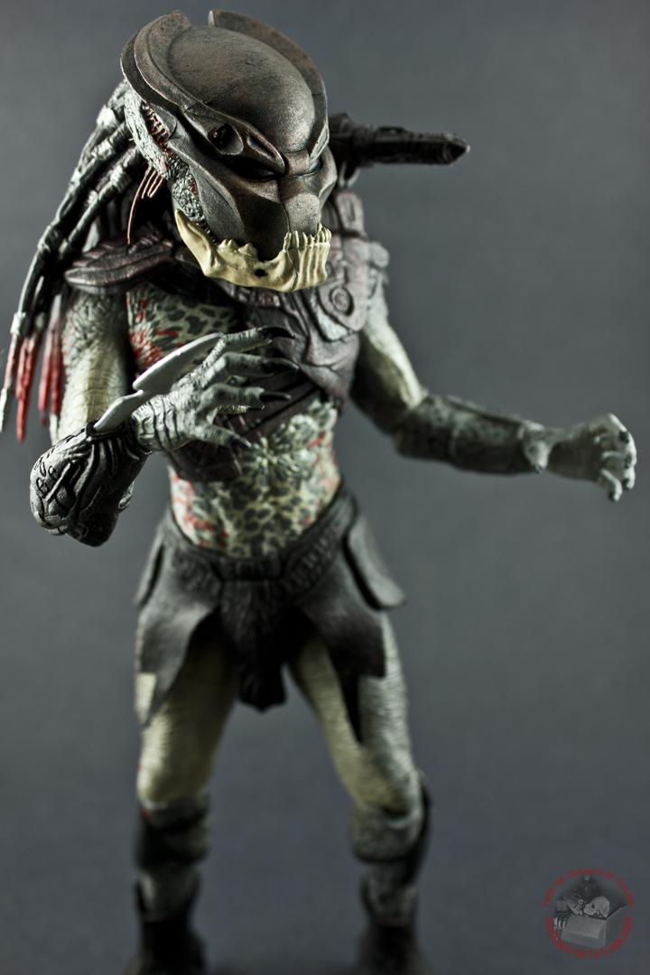 Predators Series 1 Berserker Predator  ACTION FIGURES AND COLLECTIBLES  FROM THE BASEMENT OF