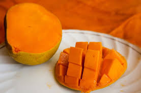 healthline Can you eat mango skin peel