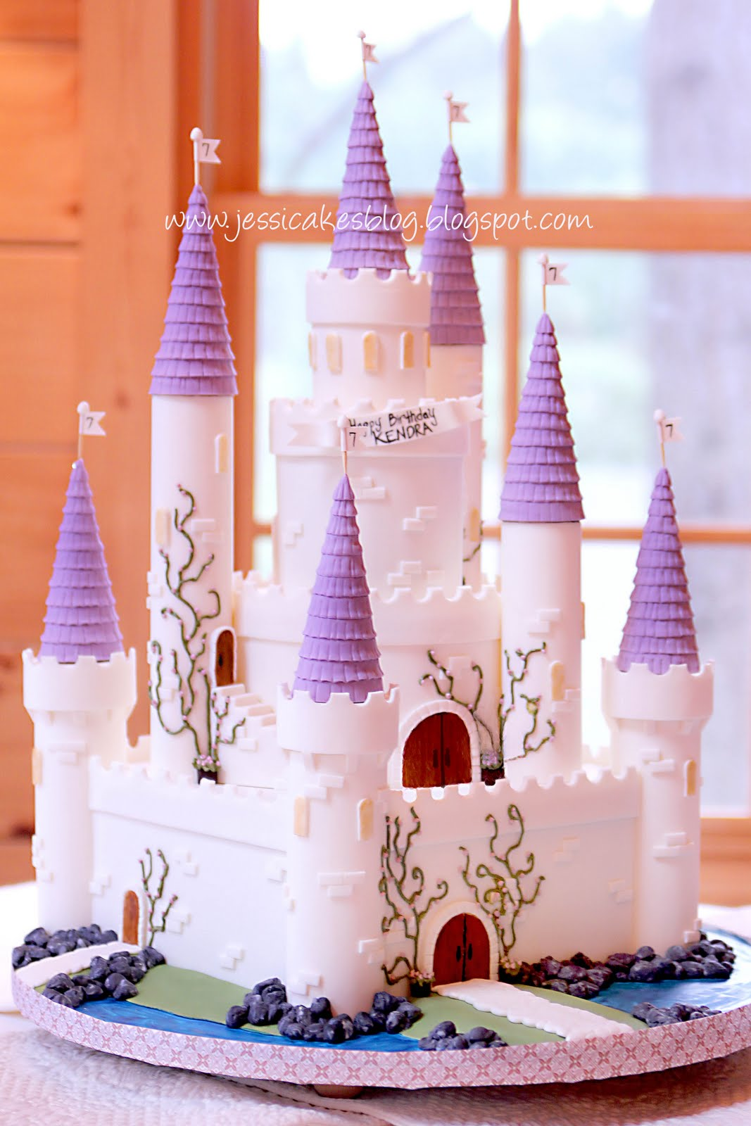Magnificent The Castle Cake Jessica Harris Cake Design Funny Birthday Cards Online Alyptdamsfinfo