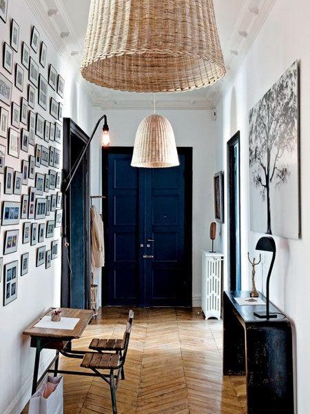 Pintar las puertas de casa color oscuro
