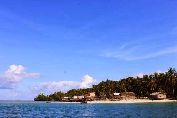 Pantai Tanjung Kunyit