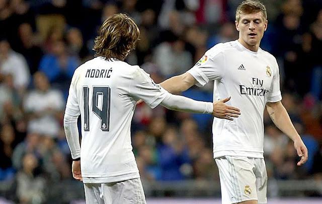 نجوم ريال مدريد يسابقون الزمن من أجل اللحاق بمباراة باريس سان جيرمان