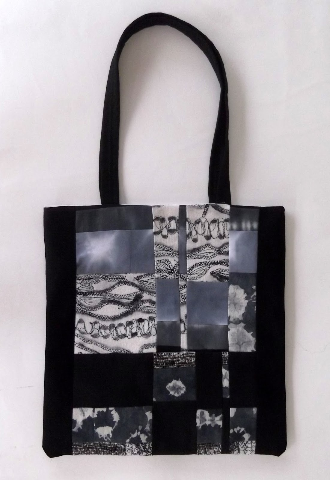 patchwork bag, black and white patchwork bag, how to make tote bag