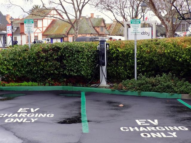 EV parking solvang