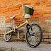 Carma: una bicicleta que surge de un auto viejo