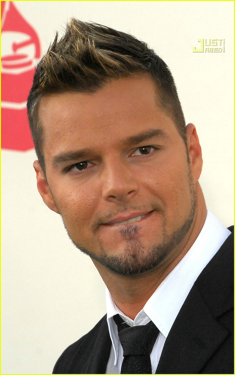 Ricky Martin Hairstyles Men Hair Styles Collection