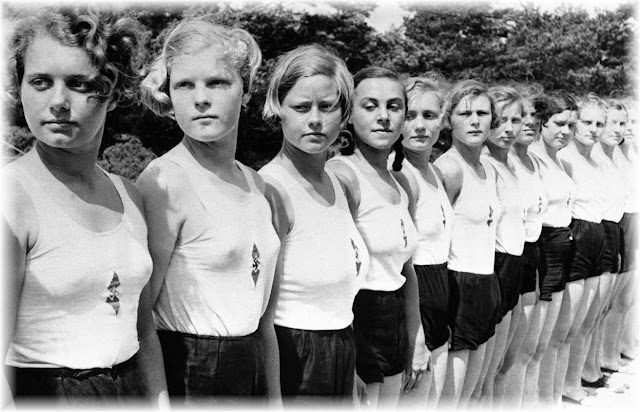 German girls  camp  Nazi Youth Movement