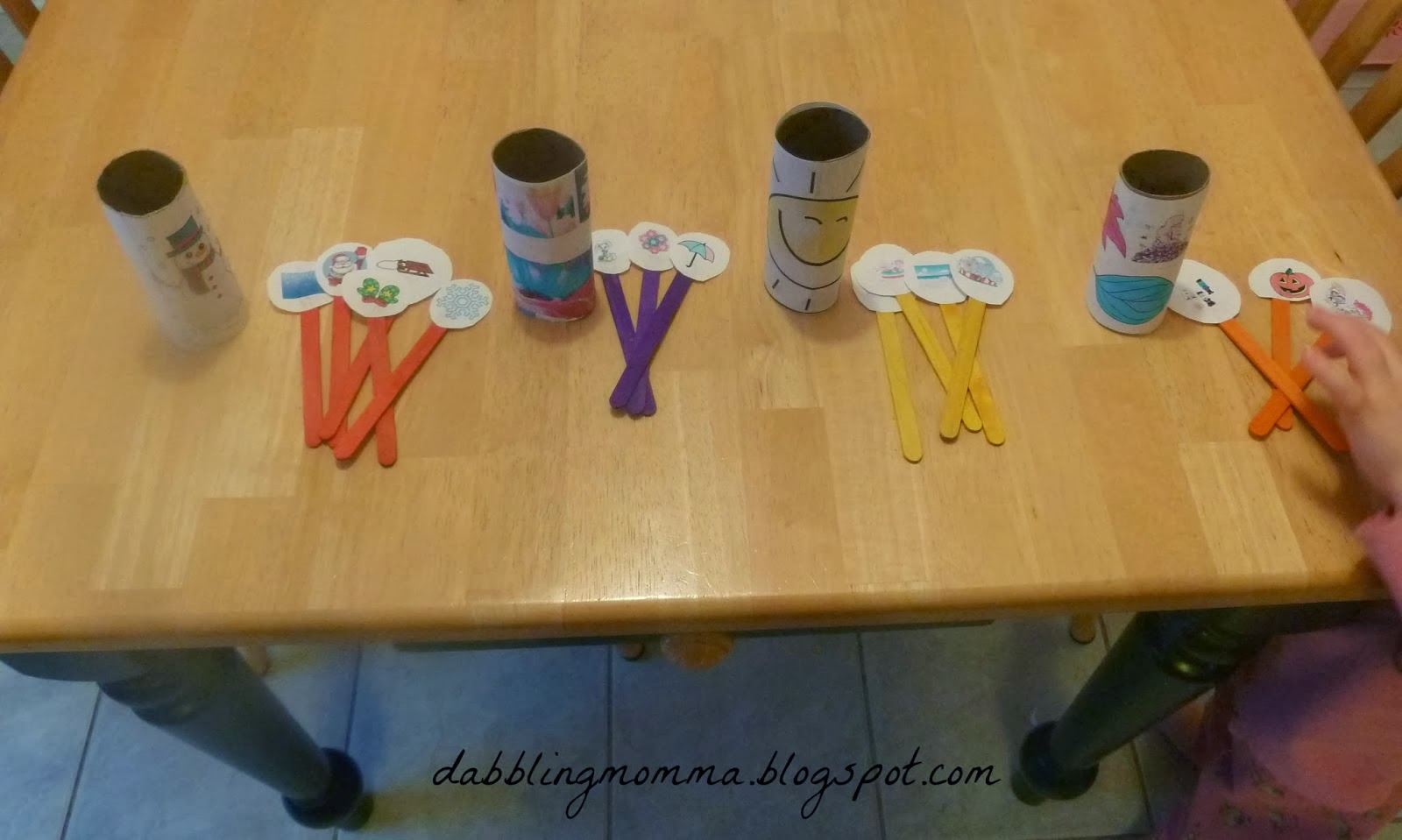 http://dabblingmomma.blogspot.com/2014/02/learning-about-seasons.html