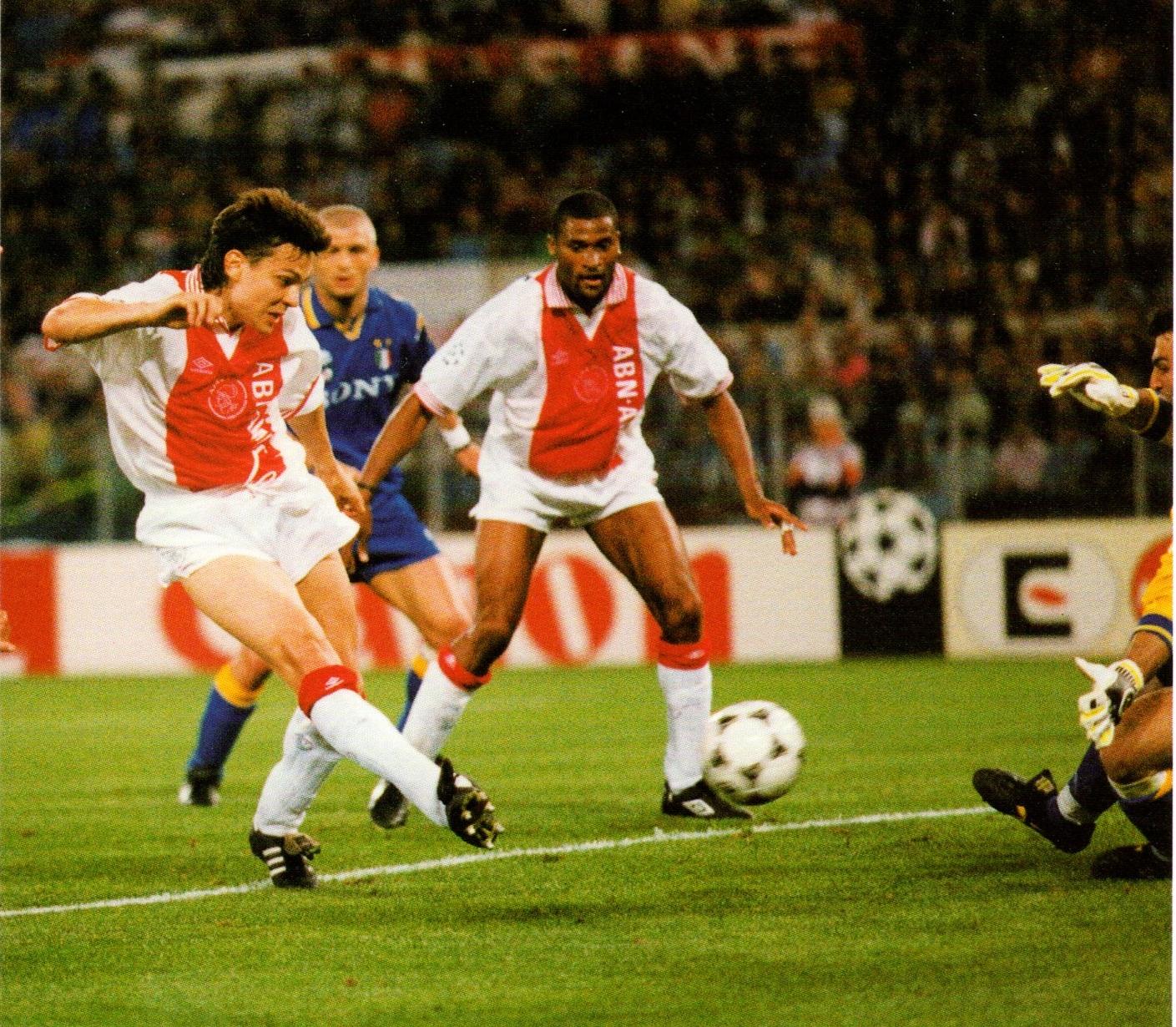 Prediksi Skor Tottenham Vs Ajax Amsterdam: Soccer Nostalgia: Old Match Photographs-Part 32h