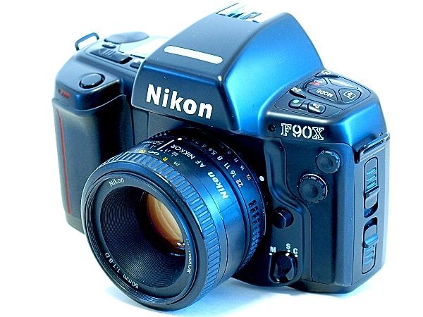 Nikon F90X (N90s), Angle View