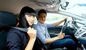 Bình tĩnh xử lí tình huống bất ngờ khi lái xe ô tô