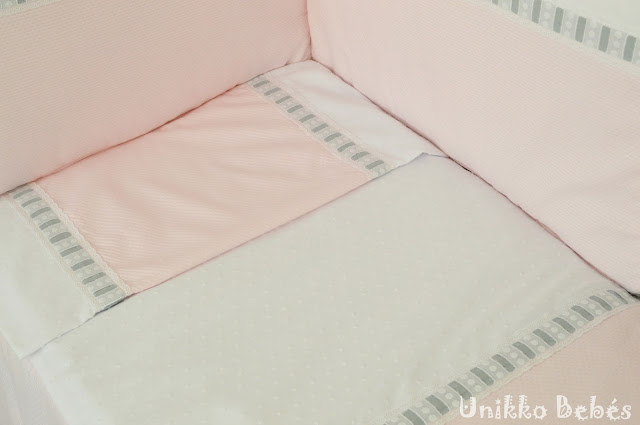 colcha de cuna rosa blanco