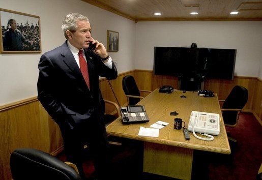 George W. Bush in the SCIF on his ranch in Texas. December 29 2004. (White House photo)  sc 1 st  Electrospaces & Electrospaces.net: Mysterious devices in Trumpu0027s pop-up situation room
