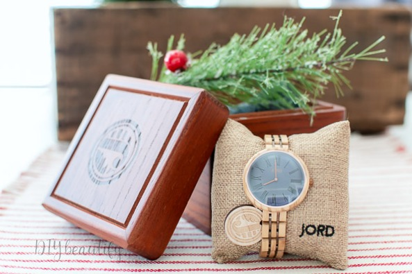 JORD wood watch makes the perfect Christmas gift!