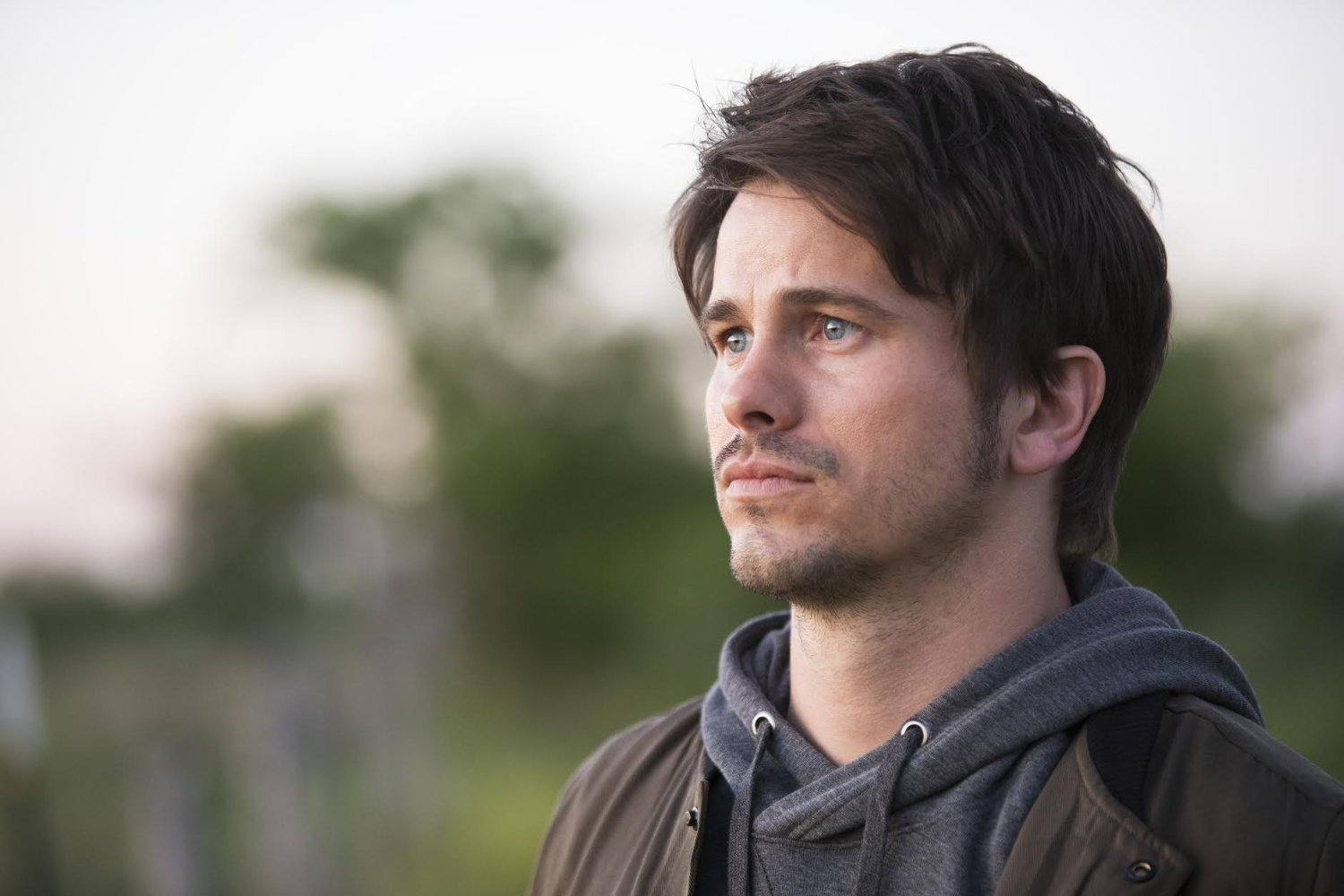 Jason Ritter en una escena de The Gospel of Kevin