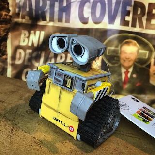 wall-e wind up toy