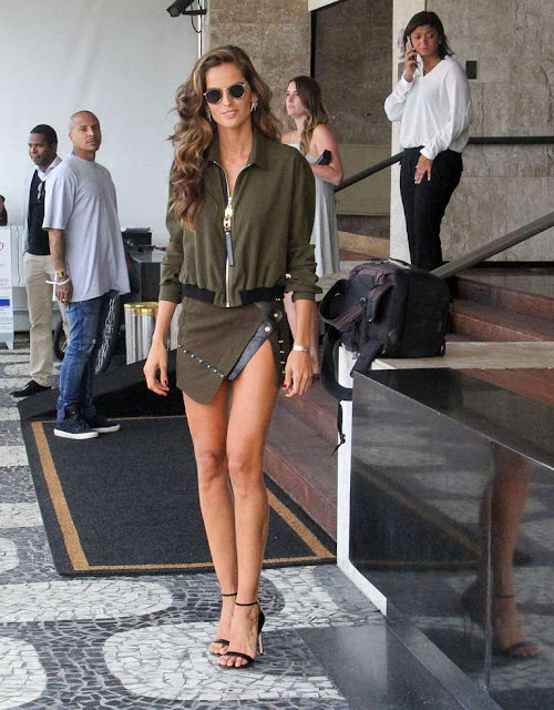 Izabel Goulart – Leaving her hotel in Rio de Janeiro