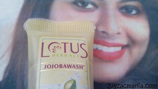 Lotus Herbals Jojobawash Active Milli Capsules Nourishing Face Wash: Packaging, online, Size & prize