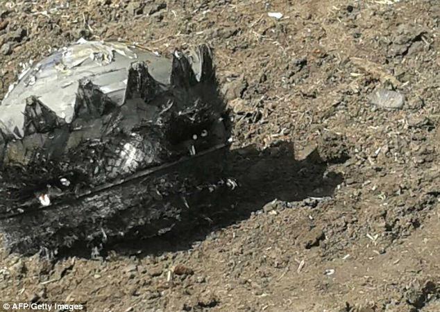 Peça não identificada de foguete russo que caiu na China