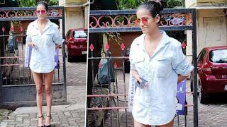 poonam pandey forget wear pant hindi