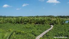 Wisata Air Watu Gong yang Berbau MISTIS!! tapi Tetep Mengasyikan