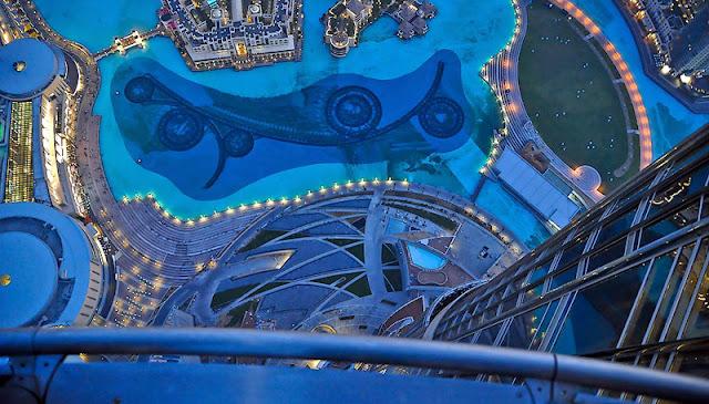 Burj Khalifa (Dubai) Inside and Top Floor View