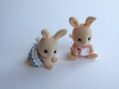 Sylvanian Families Vintage Dandelion Rabbit Babies