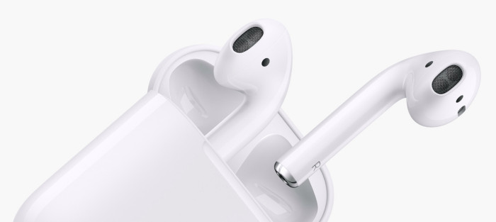 Apple to Launch new AirPods 2 at October event