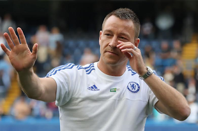 Tearful Chelsea captain John Terry tells fans in last game of the season 'i want to stay'