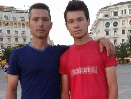 Πήγε το 18χρονο παιδί του μετά από τροχαίο στο νοσοκομείο του Αγρινίου: Οι γιατροί του είπαν ότι έχει κάταγμα στο πόδι...Μετά από λίγες ώρες όμως πέθανε Video
