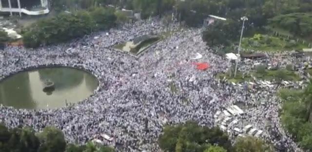 Jokowi Sukses Lecehkan Ratusan Ribu Umat Islam
