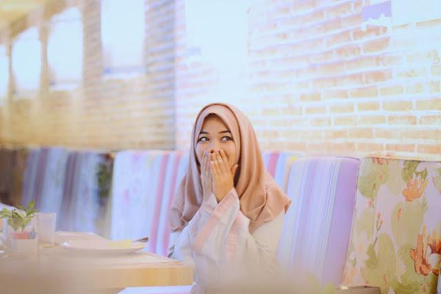 Hikmah Agung Dianjurkannya Berhijab bagi Wanita dalam Islam