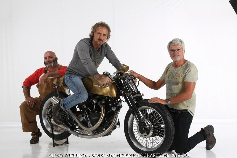 Ride And Read News By Madness Photography Onno Berserk Wieringa At The Amd World Championship Custom Bike Builder 2018 Vincent Cafe Racer By Pdf