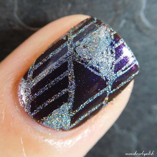 Moonflower-Polish-Diamante-Swatch-macro-2