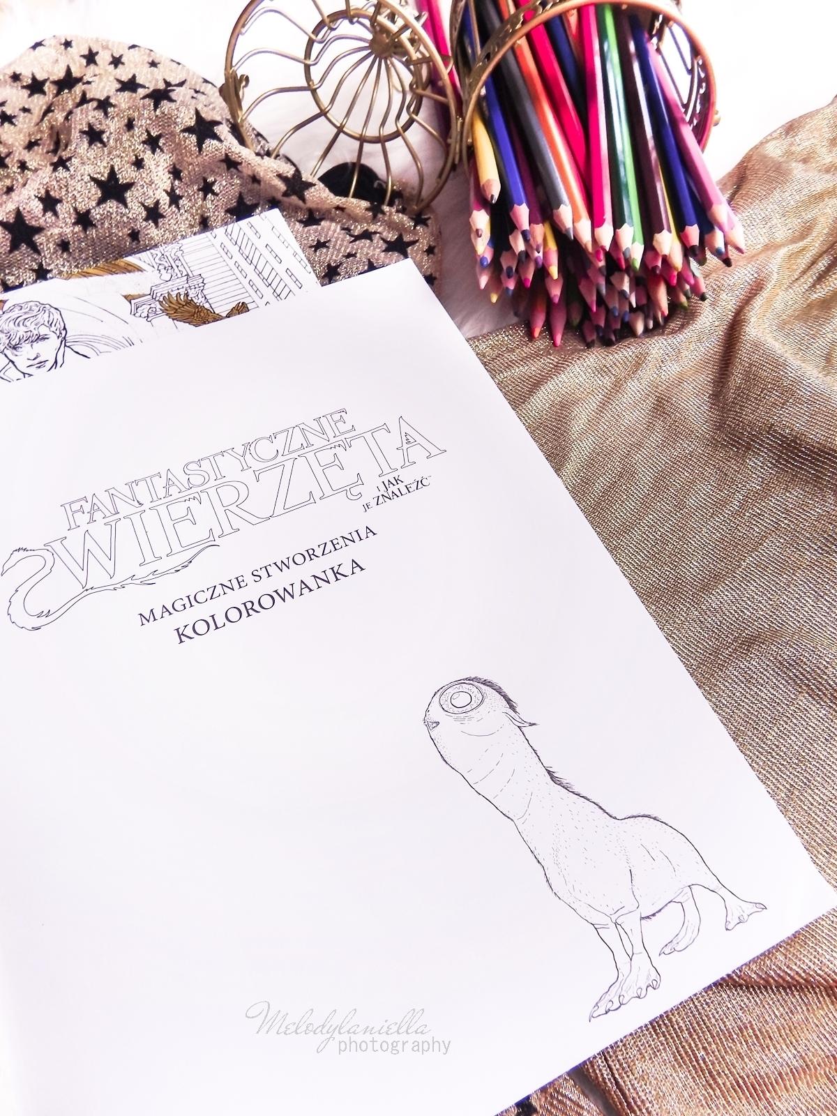 16  Konkurs ! Do wygrania 6 kolorowanek Fantastyczne zwierzęta i jak je znaleźć Magiczne zwierzęta kolorowanka oraz Magiczne miejsca i postacie kolorowanka. HarperCollins. Melodylaniella harry potter
