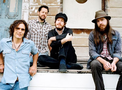 Vetiver Band Picture