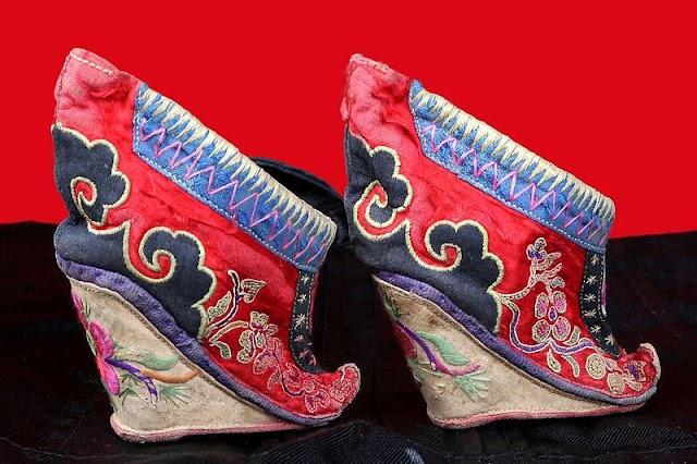 Desain Unik Sepatu Di Dunia Yang Populer