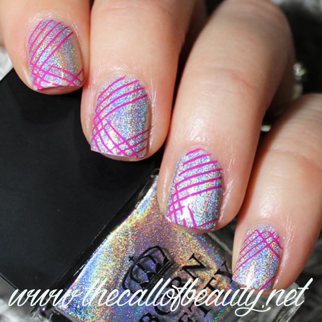 Nail Art: Sparkly Lines