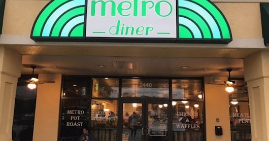 SWFL Dining Review: Metro Diner in Naples