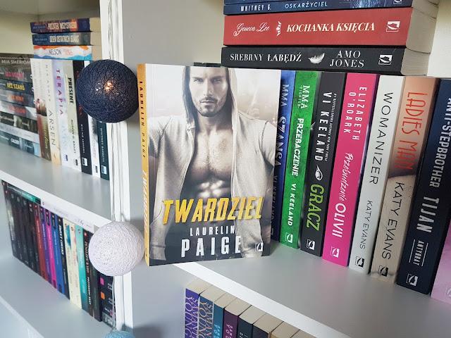 """Twardziel"" Laurelin Paige"
