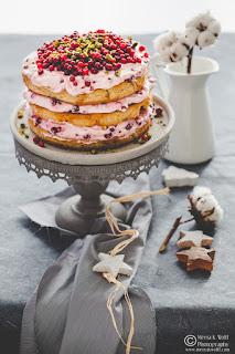 Lebkuchen-Lingonberry-Festive-Cake-by Meeta K. Wolff-0037-Thumb