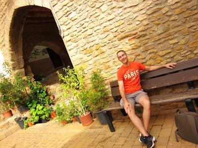 Plaza Mayor de Ager en el Montsec