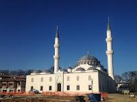 Wow ! Erdogan Akan Resmikan Masjid Dua Menara Pertama di AS