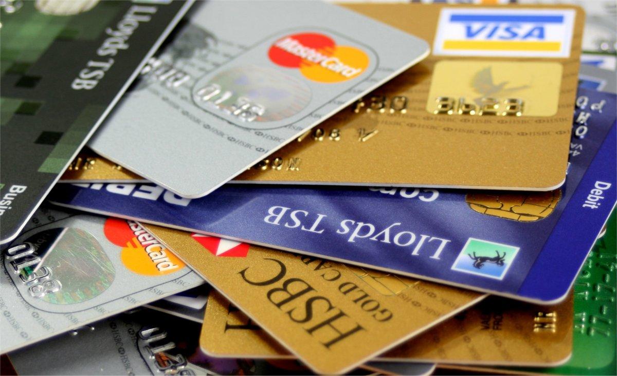 Penipuan kartu kredit di internet