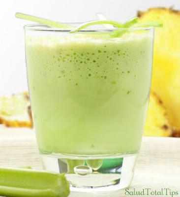 Este es uno de los mejores jugos naturales para embarazadas por que está compuesto de verduras y frutas que le brindan mas defensas a tu cuerpo