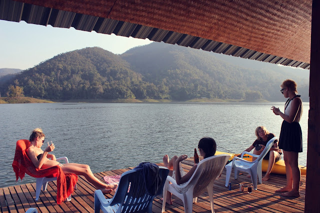 Mae Ngat dam, swimming, beer, houseboat