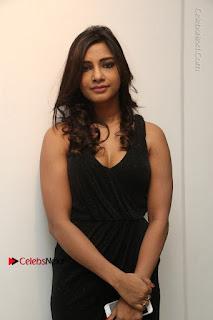 Telugu Actress Kamna Singh Stills in Black Dress at Bharat Thakur Art Exhibition Launch  0024.jpg
