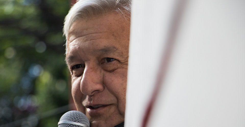 6 de cada 10 mexicanos creen que en su primer año el gobierno de AMLO mejorará la situación del país.
