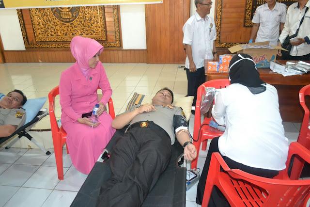 Anggota Polri Di Muba Lakukan Donor Darah
