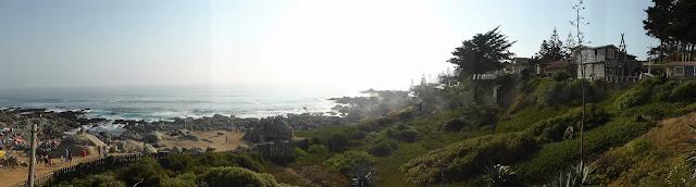 Isla Negra sobre la Bahia del Ancla